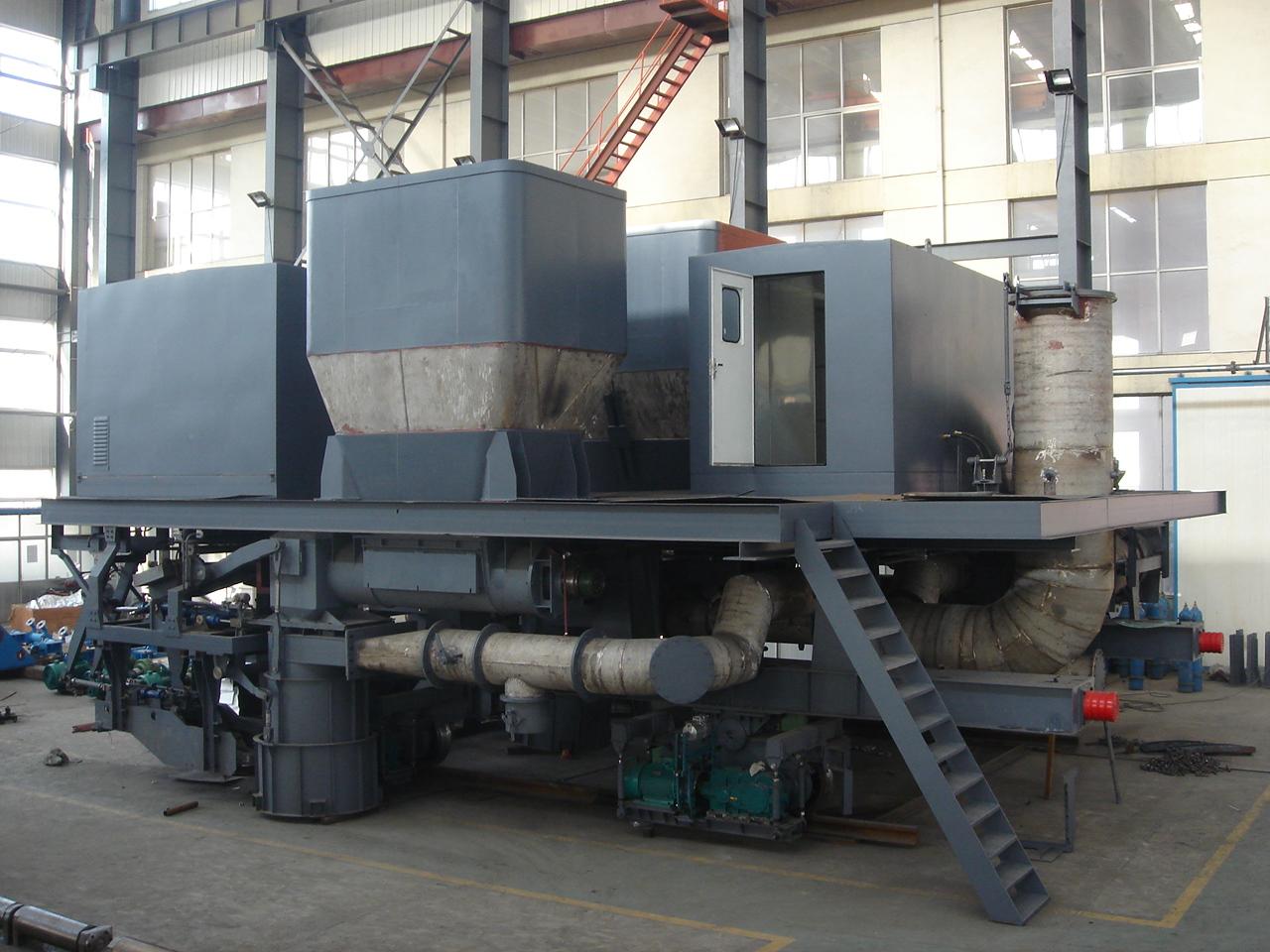 装配中4.3米装煤车(武钢)